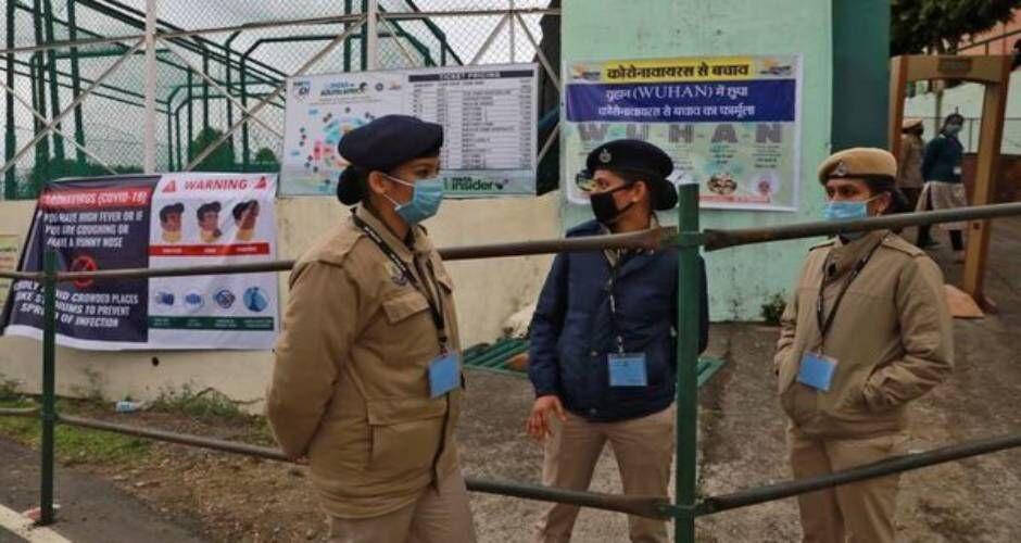 हिमाचल में कोरोना से बचाव के लिए पुलिसवालों को मिलेंगे पीपीई किट व एन-95 मास्क, अब तक 10 मरीज आये सामने
